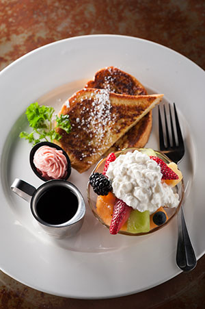 $4.99 french toast with fruit breakfast special